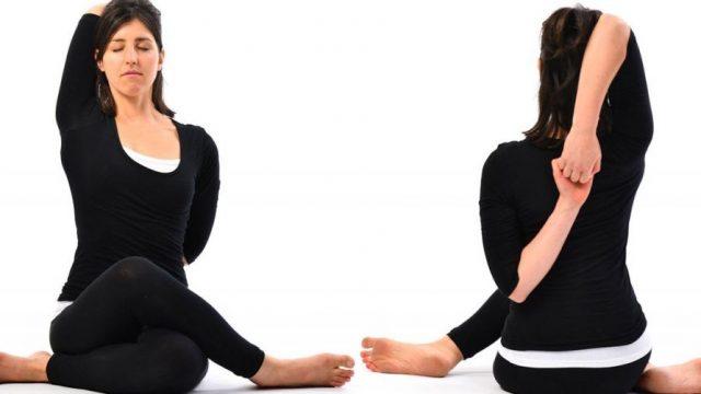 Yoga della digestione: posizioni per un buon dopo cena